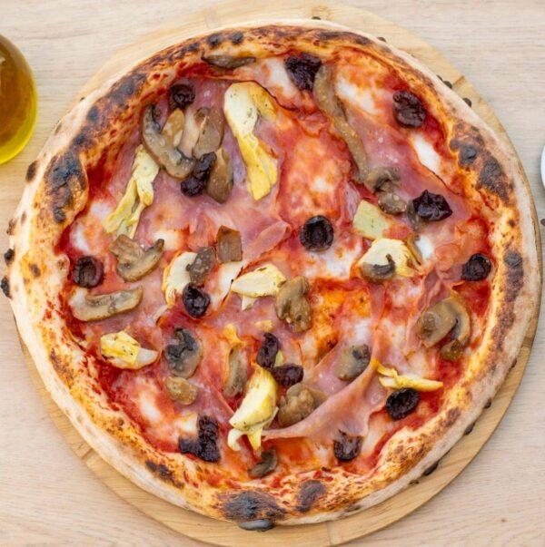 10. Pizza Capricciosa