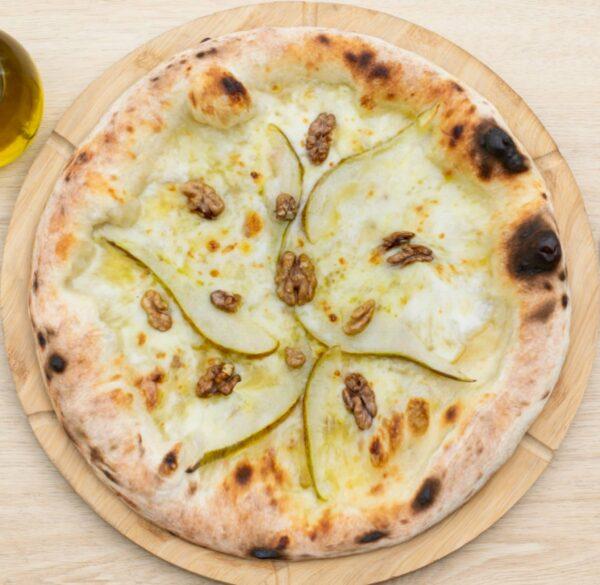 19. Pizza Formaggio e Pere