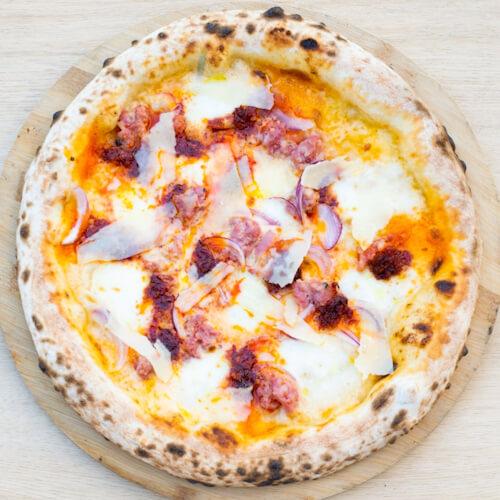 Nowość! Pizza Salsiccia Bianca Piccante